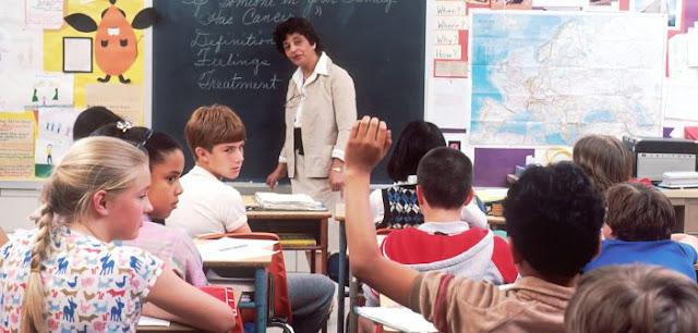 Para Pendidik AS Selidiki Absensi dalam Pembelajaran Daring Selama Pandemi Virus Corona