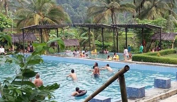 Objek Wisata Pemandian Air Panas Subang Kuningan