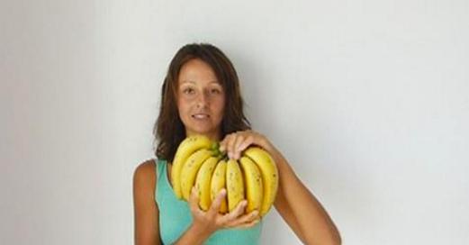 Cette femme n'a mangé que des bananes pendant 3 jours. Voici ce qui lui est arrivé !