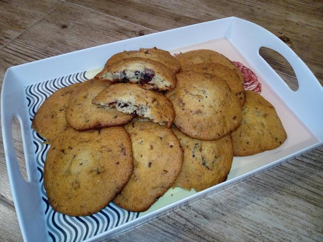ciastka amerykanskie ciasteczka amerykanskie ciastka z czekolada ciastka z orzechami ciasteczka z czekolada i orzechami ciastka maslane ciastka dla dzieci pieguski