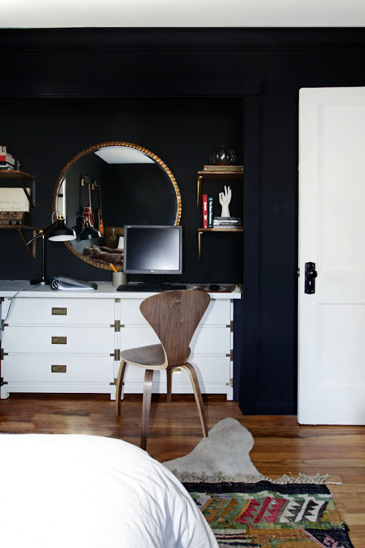 Dresser Nook with Black Shiplap