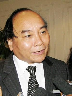 Bổ nhiệm cấp tập hàng loạt cán bộ cấp Vụ, Chủ nhiệm VPCP Nguyễn Xuân Phúc đã vơ vét được bao nhiêu?