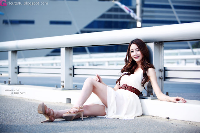 1 Eun Bin Yang - Beautiful Outdoor-very cute asian girl-girlcute4u.blogspot.com