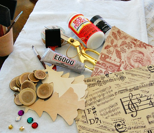Christmas, crafts, paper, easy, modpodge, athomewithjemma