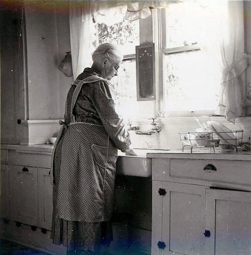 Grandmothers Kitchen: Moms Pantry: Grandma's Apron