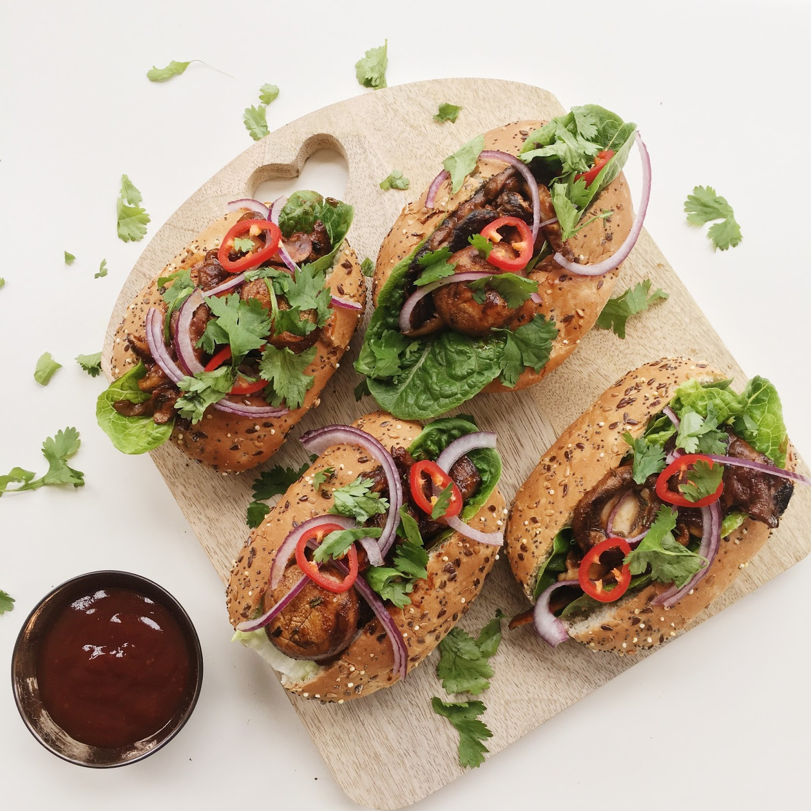 Introducing food love stories by tesco a vegan bbq shroom buns it was incredibly easy to find all the ingredients for this recipe as it mainly calls for fresh vegetables something which tesco have an abundance of solutioingenieria Choice Image