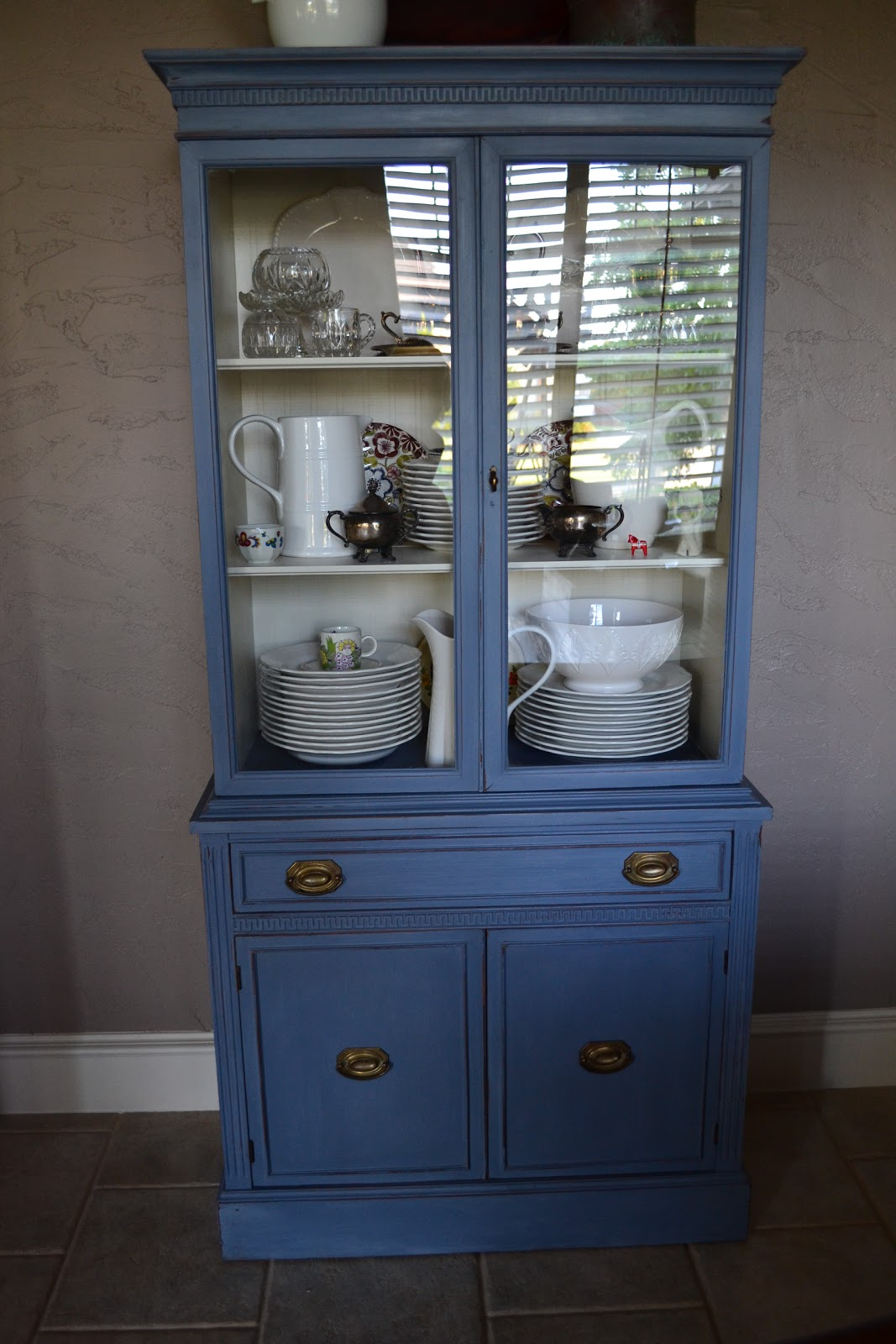 China Hutch Fix Up With Annie Sloan Lilacs And