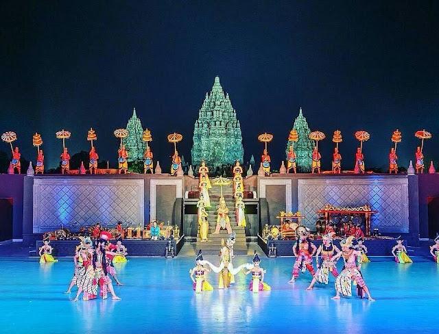 Menikmati liburan malam hari di Sendratari Ramayana Prambanan