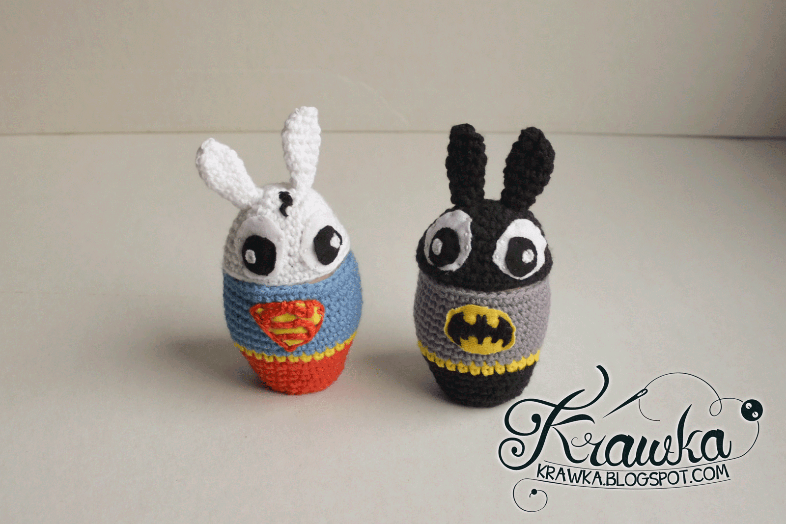 Easter egg cozies inspired by Batman and Superman - Bunnys as superheroes Bunnyman and Superbunny crochet free pattern