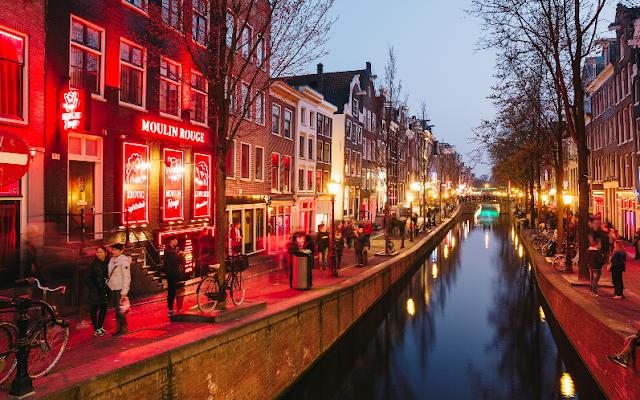 Red Light District em Amsterdã em junho