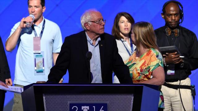 """Sanders pide a los delegados votar a Clinton para pararle los pies al """"demagogo"""" Trump"""
