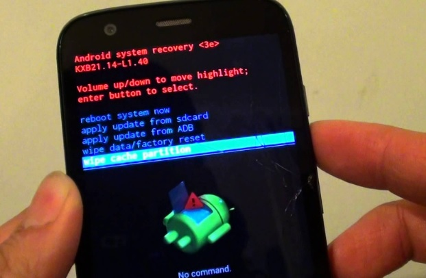 Mengatasi Sayangnya, Setelan telah berhenti berfungsi di Android