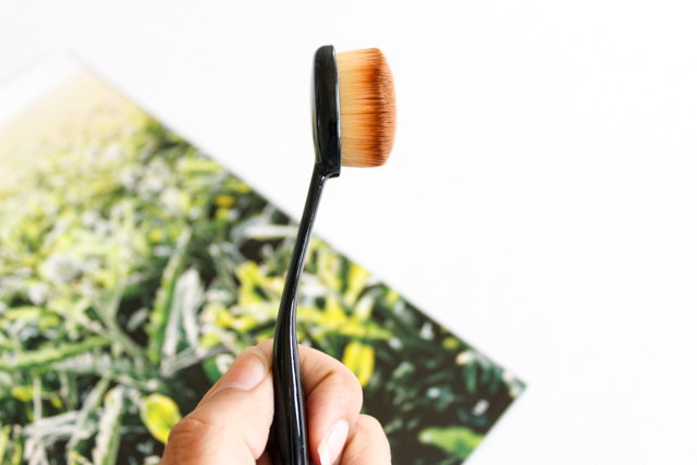 Artis Foundation Oval brush dupe review