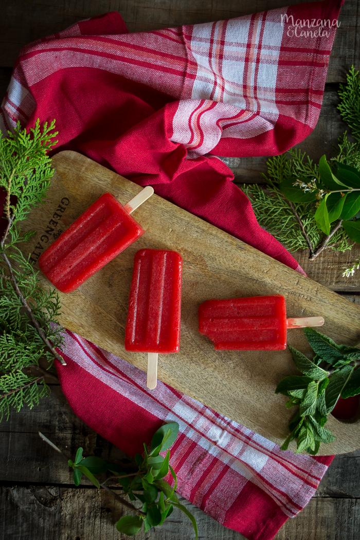 Polos de daiquiri de fresa. Receta de verano.