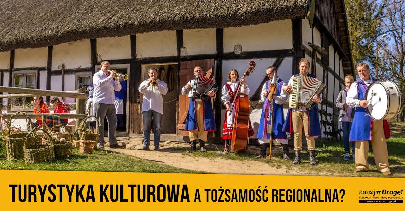 Wykłady o tożsamości regionalnej i krajoznawcze dla studentów szkół turystycznych