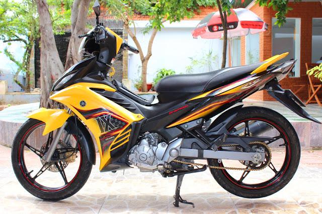 Sơn xe Exciter 2012 vàng đen cực đẹp