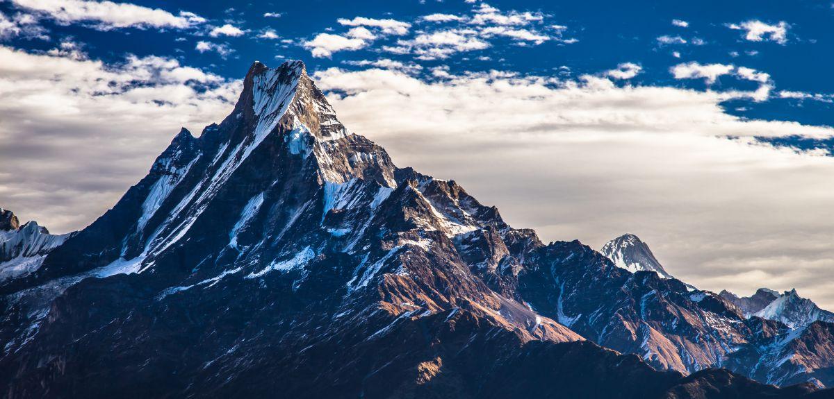 Hasil gambar untuk pegunungan himalaya