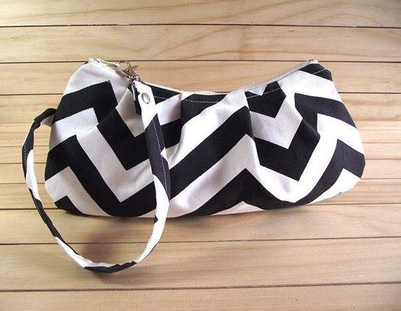 Contoh Model Tas Wristlet Untuk Wanita