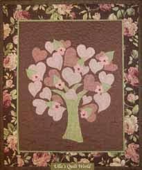 Quilted tree wall hanging with hearts