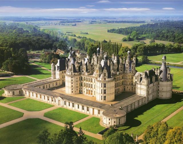 Castelo Chambord no Vale do Loire na França