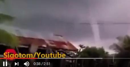 Video nyata mujizat Tuhan Yesus, Tornado besar bisa dihentikan seketika