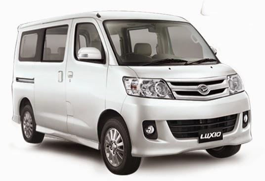 Daihatsu Luxio 2015