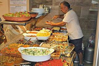 Turkissa lounas on tärkeä työelämässä