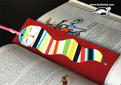 Marcapáginas de book worm para celebrar el día del libro