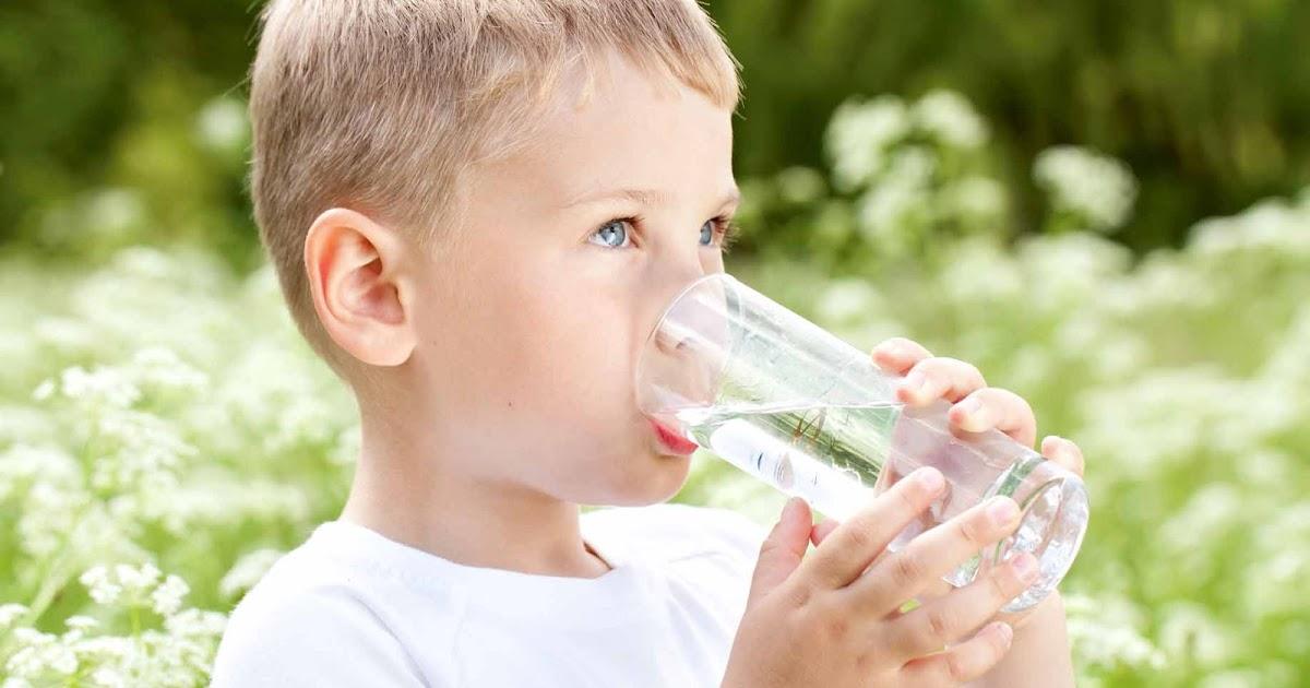 Menghitung Tingkat Kebutuhan Air Minum Per Hari