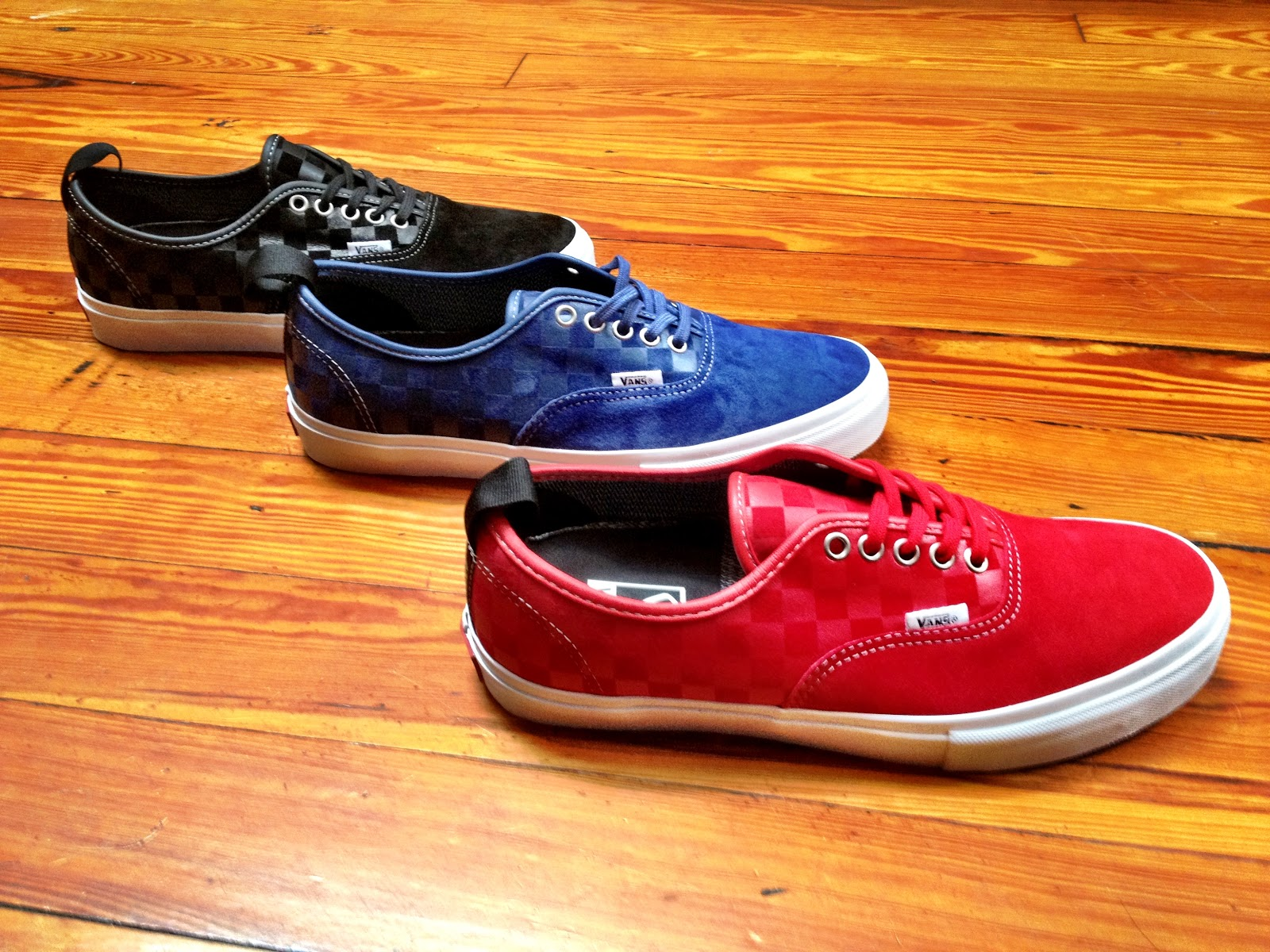5ca8164d0f NEW VANS SYNDICATE AUTHENTIC PROS. Posted by Relief Skate Supply at 11 04 AM