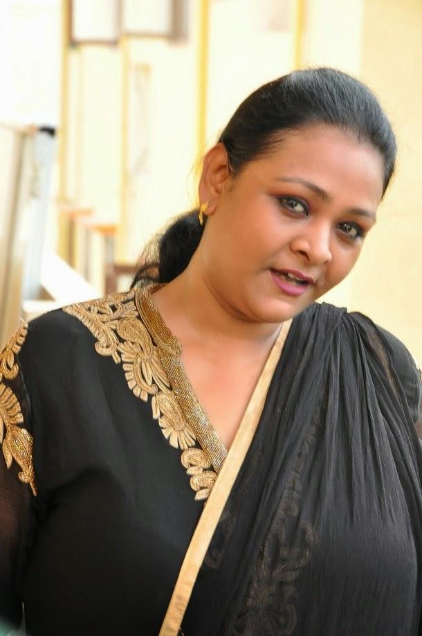 Shakila Latest Stills   HQ Pics n Galleries