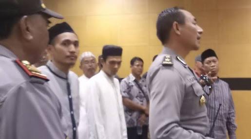 Masya Allah... Inilah Ayat yang Buat Ust Somad Tak Takut saat Diancam Sajam di Bali