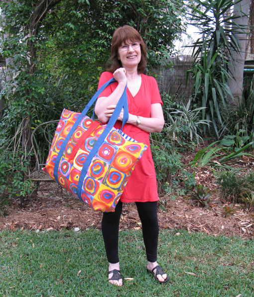 No Frills Extra Large Tote Bag TUTORIAL ~ Threading My Way
