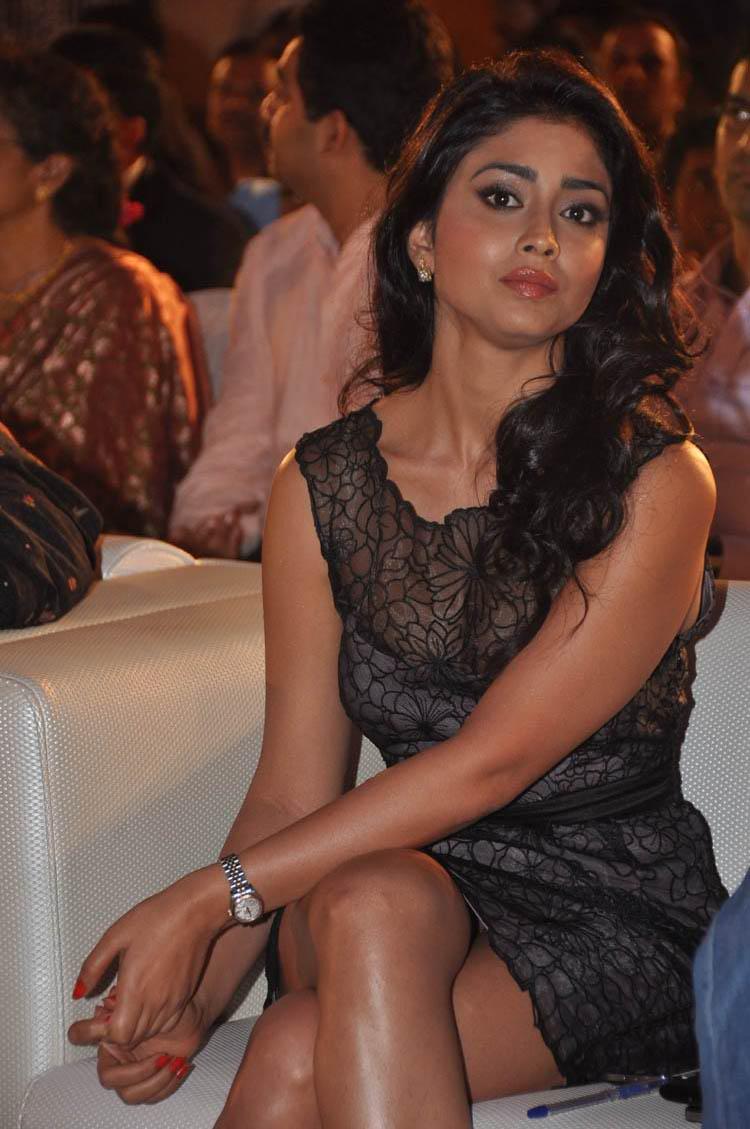 Shriya Saran Latest Hot in Life Is Beautiful