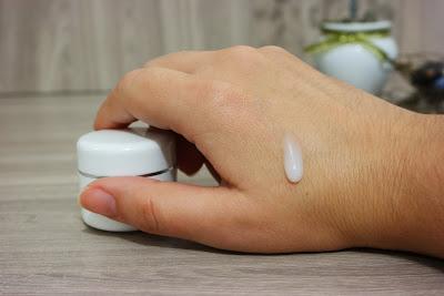 vitamina c, ácido ascórbico, sérum facial, rejuvenescimento, clareamento de pele, pele mais jovem