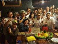 Foto Orang yang Gelar sukuran setelah Ahok divonis 2 Tahun Penjara ini Jadi Viral. Seperti ini Kata Prabowo