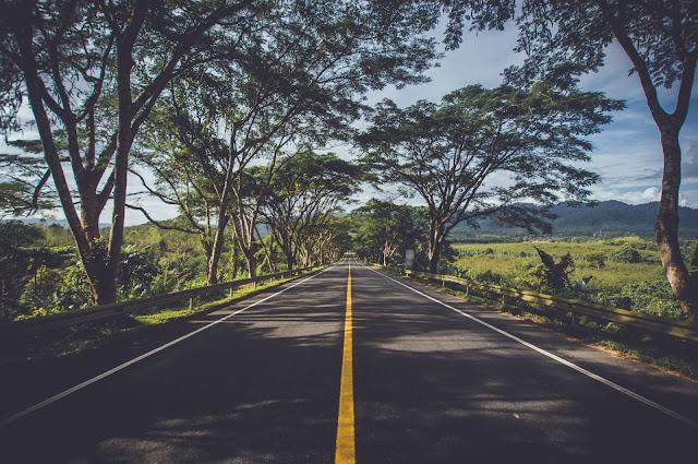 foto de uma estrada