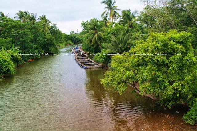 Keramba di sungai di perjalanan menuju Pameungpeuk.