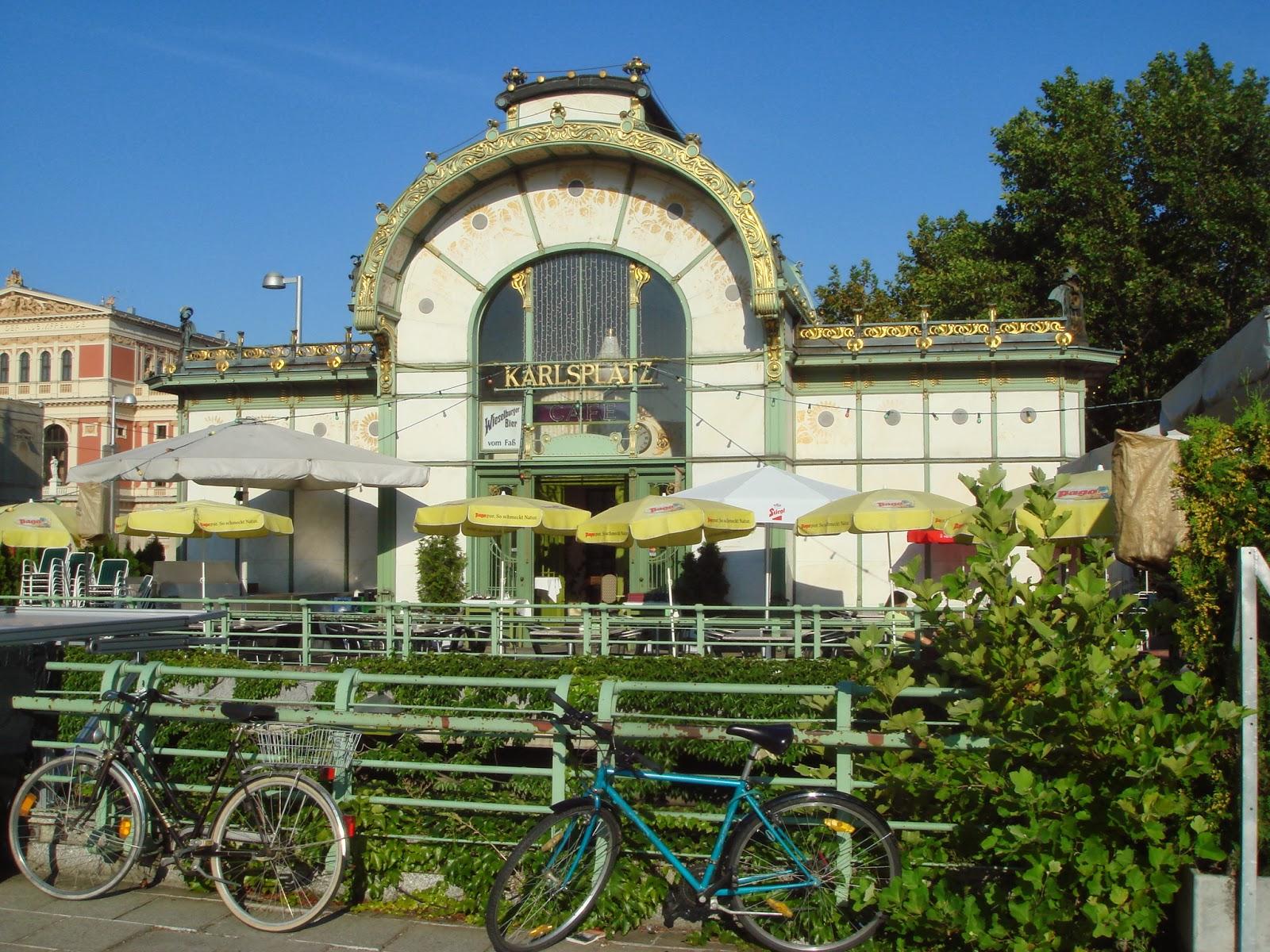 Las Ciudades Como Museos Al Aire Libre Descodificando La Ciudad  # Muebles Pous Granollers
