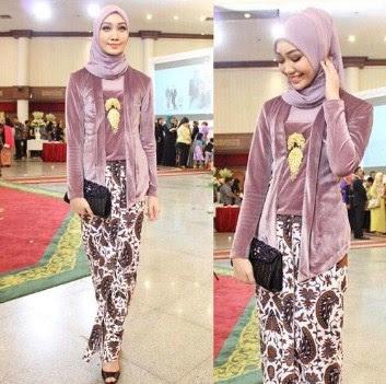 Demikian 32+ koleksi baju batik muslim 2018 modern terbaru yang bisa saya  sampaikan. Masih banyak model busana muslimah lainnya yang dapat anda cari  pada ... 0dced978c4