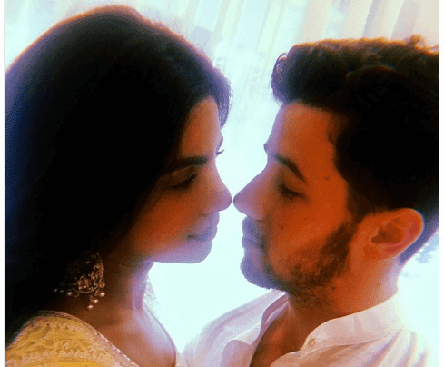 Priyanka Chopra And Nick Jonas Confirm Their Engagement In Lovable Way With Same Instagrams