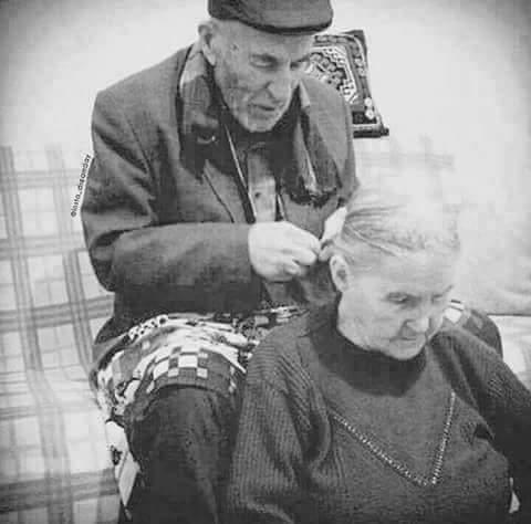 صراع المرأة والرجل واشكالية الاهتمام ونتائج الاهتمام على شكل الأسرة