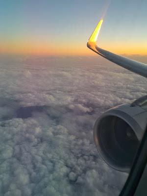 voando Latam para a Europa