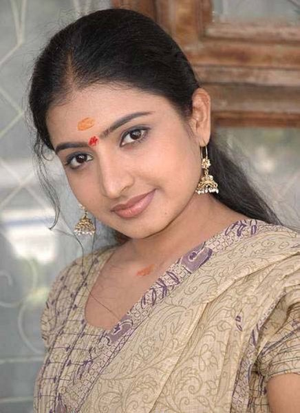 tv sujitha hot images