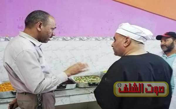 مدير الخدمات الجامعية يقف على وضعية إطعام الطلبة بالشلف