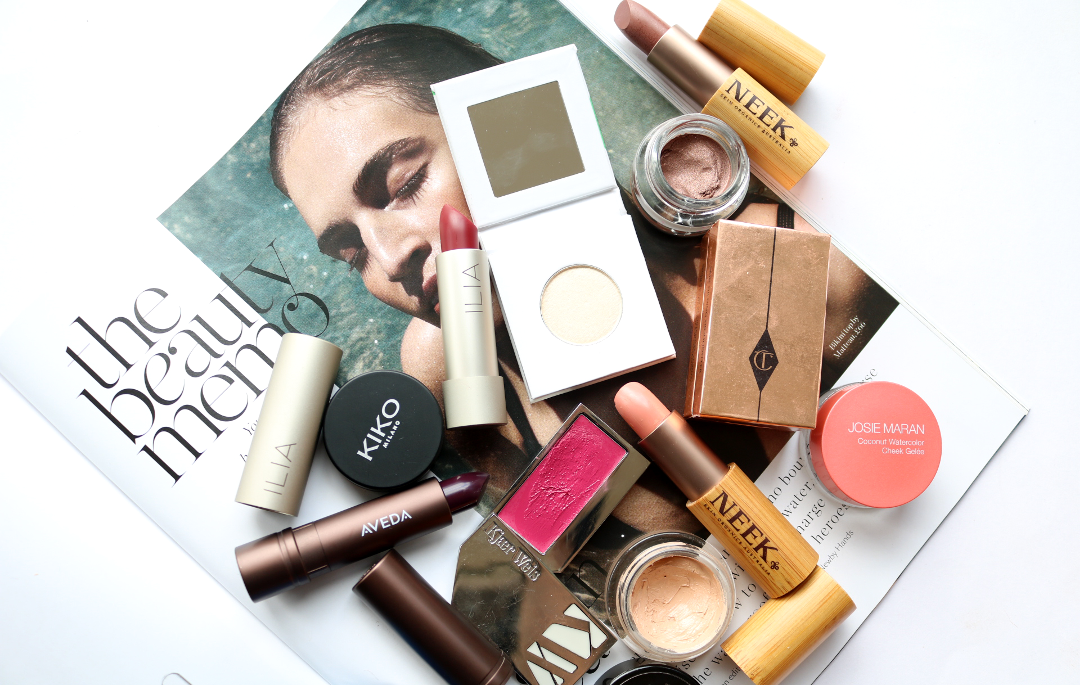 4 Ways To Reduce The Amount Of Plastic In Your Makeup Bag