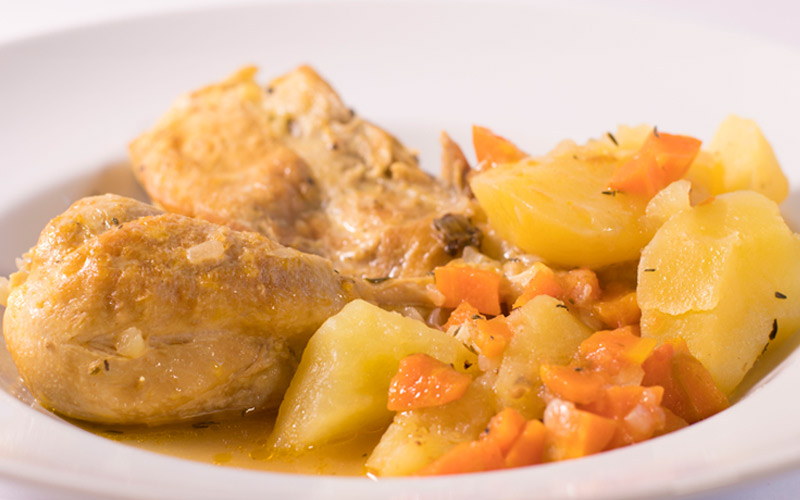 Pollo con patatas