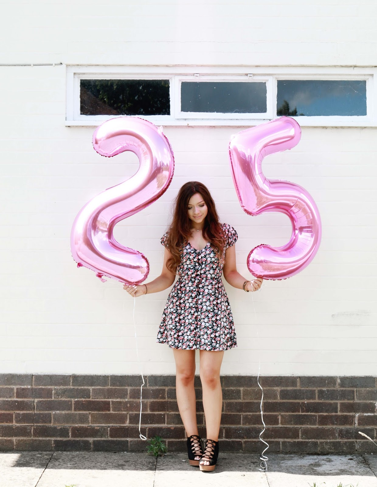 lifestyle, 25 Things I learnt before I was 25, 25 things, life lessons, life advice, quarter life crisis, dizzybrunette3, number balloons, birthday, turning 25,