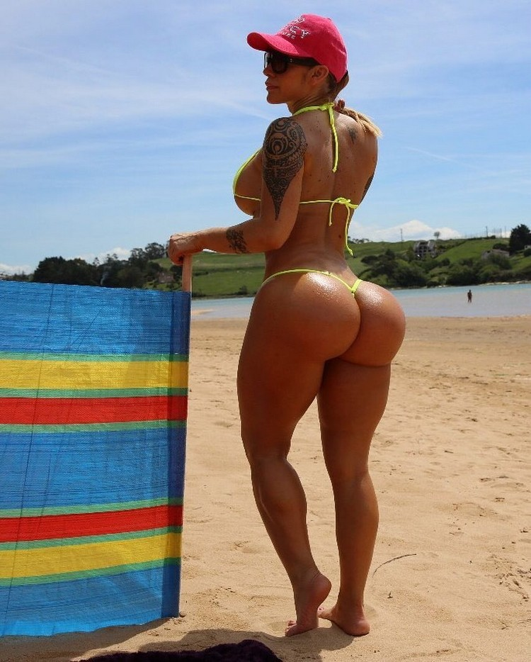 Victoria Lomba, Queen of fitness; For the 3 million followers on social networks!