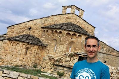 Colegiata de Santa Maria en el complejo del Castell de Mur